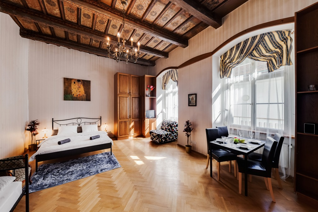Palace Apartment protected by UNESCO – next to Charles Bridge